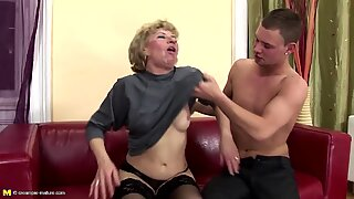 Hairy mature mom ass fucked and pissed on