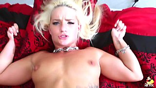The Happy Blonde - Cali Carter