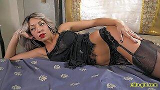 Beautiful woman with big ass from Switzerland  - https://elita-girl.com