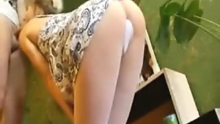 Petite girlfriend fucks anal