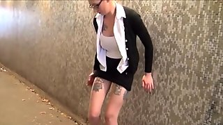 American amateur flasher Demona Dragons upskirt voyeur