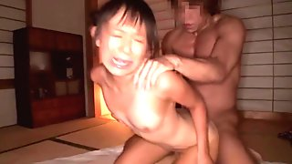 Squirting japanese tiny fingered in threesome